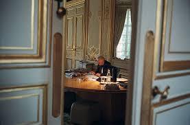 bureau du premier ministre lionel jospin at matignon pictures getty images
