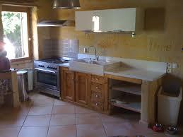 meubles de cuisine en bois brut a peindre et le bois b nisterie co con ue meuble cuisine en brut