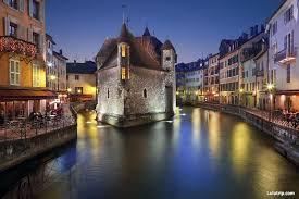 Canap茅 Bordeaux 安纳西老城旅游景点 介绍 图片 安纳西老城周边旅游景点 路路行旅游网