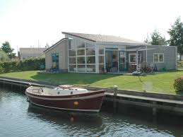 bungalow luxury holiday home at the water front sauna ijssemeer