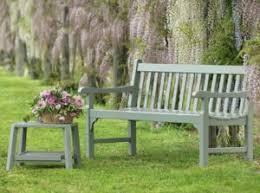 panchina in legno da esterno panche da giardino fra design e sogno romantico ethimo