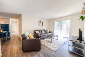 Furniture Rental South Bend Indiana Campus View At 1710 Turtle Creek Drive South Bend In 46637 Hotpads