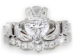claddagh wedding ring sets wedding rings engagement rings meaning wedding rings