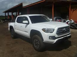 wrecked toyota trucks for sale salvage toyota tacoma trucks for sale and auction 5tfcz5an8gx014322