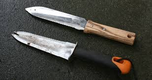 the garden tool review u2014 hori hori and soil knife showdown
