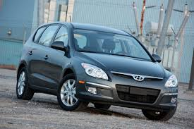 review 2009 hyundai elantra touring photo gallery autoblog
