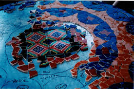 Mosaic Patio Table Top by Pick Up The Pieces From Broken Glass To A Sumptuous Mosaic Table