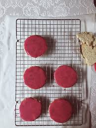 sugar cookie icing natural brilliant colors with pomegranate juice