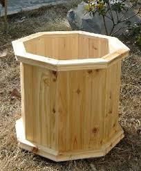 villa octagon wood planter