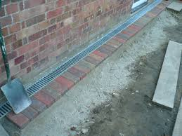 paver patio edging block paved patio edge with drainage system aiaideed pinterest