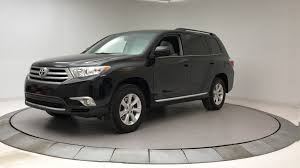 toyota highlander 2012 used 2012 used toyota highlander fwd 4dr v6 se at bmw of serving