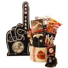 new york gift baskets 69 best gifts for new york yankees fans images on new