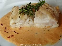 cuisine queue de lotte queue de lotte rôtie et sa sauce corail crémée au vermouth