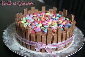 decoration cupcake anniversaire gâteau kit kat et smarties