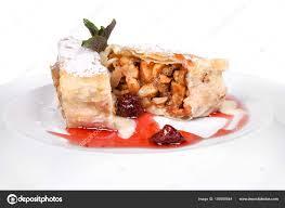 cuisine autrichienne desserts de la cuisine autrichienne sur fond blanc photographie