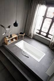 Badezimmer Badewanne Dusche Badewanne Halb Freistehend Badgestaltung Mit Wanne Als Zentrales