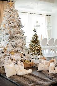 30 dreamy flocked tree decoration ideas