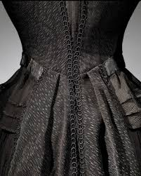 thanksgiving day of mourning death becomes her mourning attire at the met exhibits widows