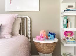 Kendall Bedroom Furniture Pottery Barn Kendall U0027s New Room U2013 The Glossy Lemon