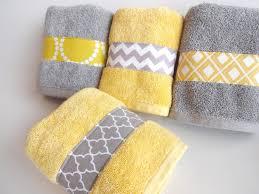Yellow Bathroom Ideas Best 25 Small Bathroom Designs Ideas Only On Pinterest Small