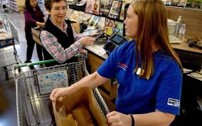 fred meyer thanksgiving hours regulars at lacey fred meyer lacey police officers the olympian