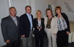 Customer Service Director Plant City Funeral Director Wins Customer Service Award Tbo Com