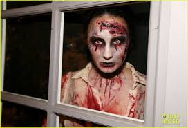 Zombie Halloween Costumes Demi Lovato Dead Zombie Halloween Costume Photo 2984127 2013