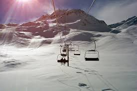 Best Places For Family Best Places In For Winter Holidays Outdoor Travel