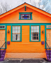 new orleans colorful houses 9 things to do in new orleans travelcolorfully