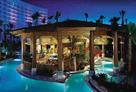 What Is A Hotel Wet Bar Swim Up Bars In The Us Harrah U0027s The Hilton The Four Seasons