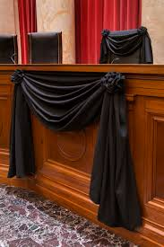 Supreme Furniture Chair Justice Antonin Scalia U0027s Supreme Court Chair Draped In Black In