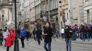 berlin germany oct 25 2017 sidewalk walking shopping