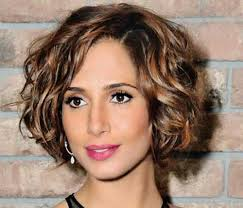 womans short hairstyle for thick brown hair 15 short haircuts for thick wavy hair short hairstyles 2016
