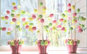 easter egg trees 80 fabulous easter decorations you can make yourself page 2 of 2