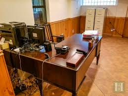 Desk 51 51 Wendover Road Forest Hills Queens Ny 11375 1 978 000 For