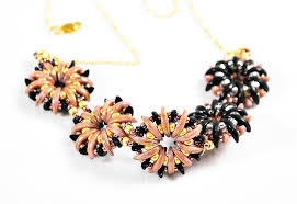beading flower necklace images Water flower bead pattern tutorial for bracelets earrings pendants jpg