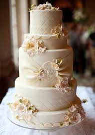 vintage wedding cakes vintage theme wedding cake trendy mods