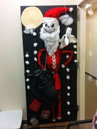 Christmas Door Decorating Contest Each Window by 22 Best Classroom Door Decor Images On Pinterest Christmas Door