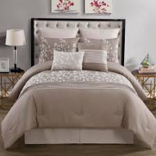 What Is A Bed Set Majestic Solutions What Is A Duvet Set Vs Comforter Set Along With