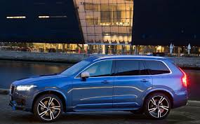 volvo xc90 volvo xc90 t6 r design looks good takes 100 km h test with