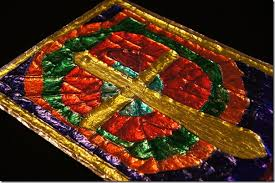 Kids Stained Glass Craft - amazing tin foil craft for kids