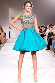 sadie robertson homecoming hair favorite sadie robertson models prom dresses at new york fashion week