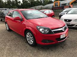 vauxhall red second hand vauxhall astra 1 4i 16v sri 3dr for sale in ipswich