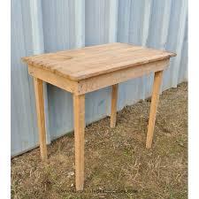 table bureau bois table bureau bois toute simple brut à relooker le palais des