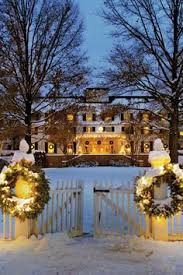 a classic christmas in london a traveler s crescent of cambridge travel the world