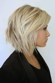 coupe de cheveux blond idée tendance coupe coiffure femme 2017 2018 carré dégradé