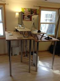 Diy Motorized Desk Best 25 Diy Standing Desk Ideas On Pinterest Desks For