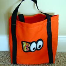countdown to halloween free treat bag patterns sew news