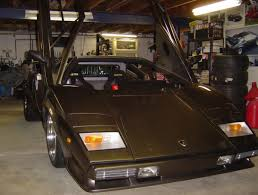 lamborghini replica man hand builds lamborghini countach in his own basement
