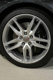 2014 corvette stingray wheels 2014 chevrolet corvette stingray look motor trend